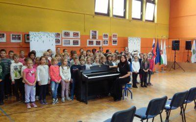 ZELENA PRESTOLNICA – nastop otroškega pevskega zbora